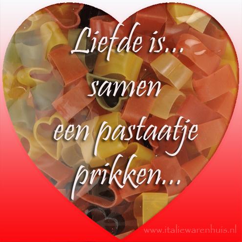 Liefde is.... samen een pastaatje prikken
