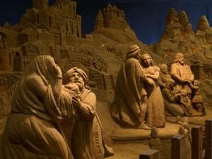 Kerststal van zand