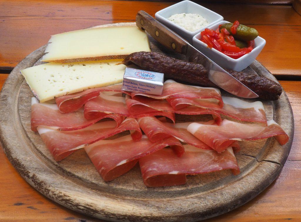 Eten in Kastelrotto, Kastelruth