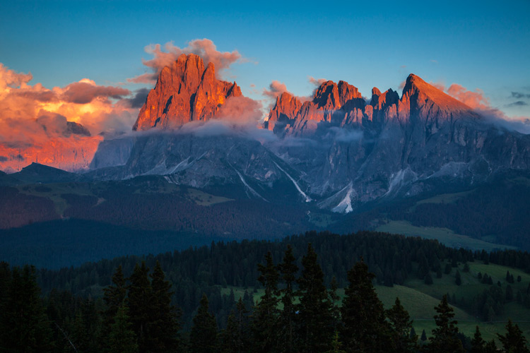 Burning Dolomites by Frank Heuer