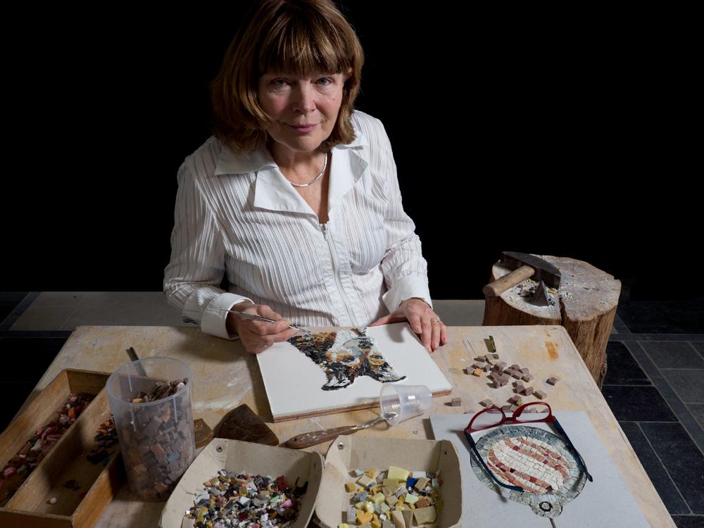 Lily van Nunen mozaiekkunstenaar © Anin con Zeta